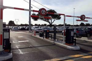 Aix en Provence - Parking gare TGV - P13 - EFFIA